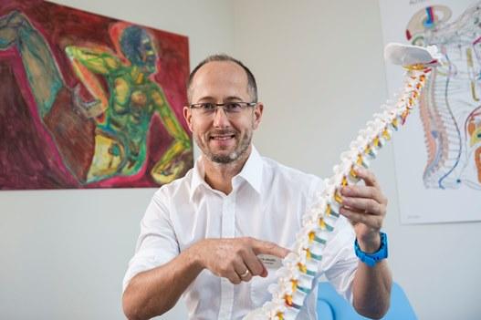 Fizjoterapeuta radzi, jak uniknąć choroby zwyrodnieniowej