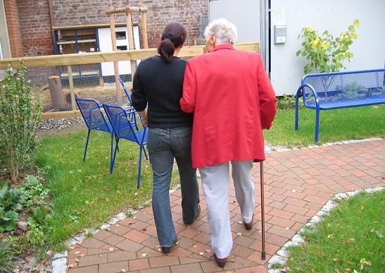 Zawód: opiekun osób starszych