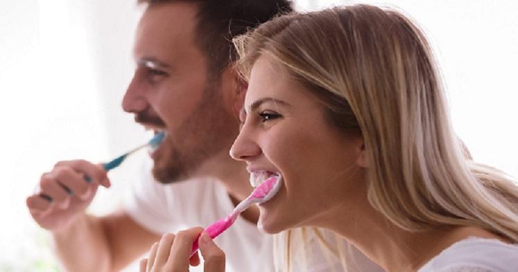 Pięć problemów jamy ustnej, których nie należy ignorować!