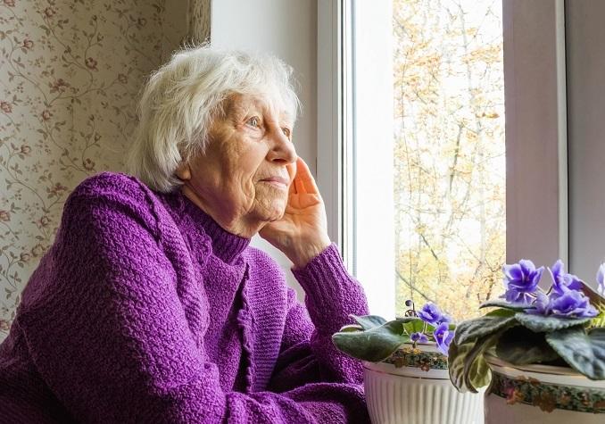 Polscy seniorzy czują się samotni