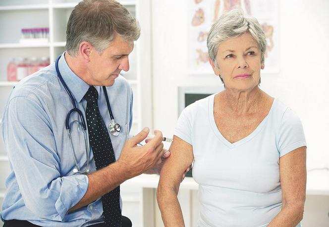 Szczepienia przeciw grypie seniorów powinny być powszechne!
