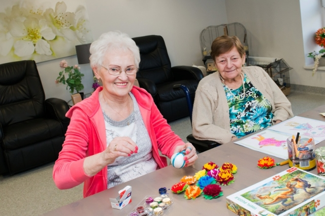 Jak wzmocnić aktywność intelektualną seniorów